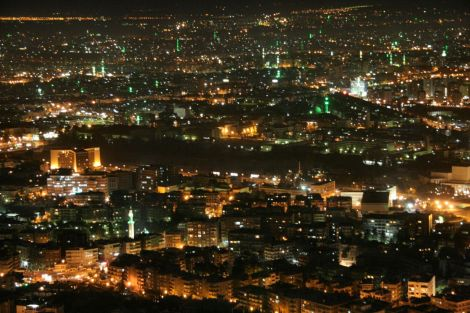 Damascus_by_night